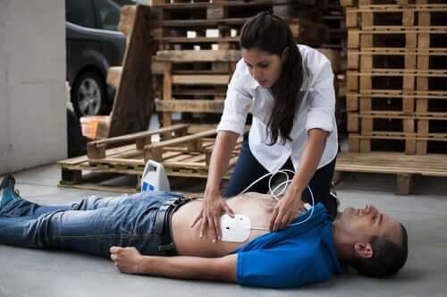Clés pour agir si vous êtes témoin d'un arrêt cardiorespiratoire