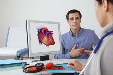 Une consultation avec un cardiologue.