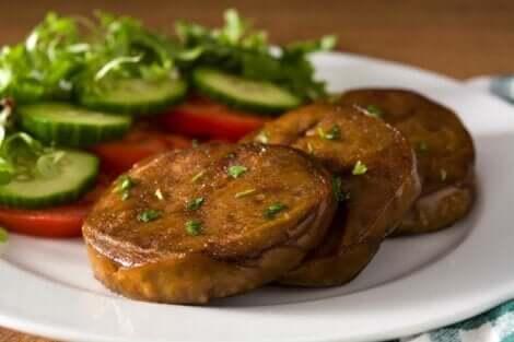 Steak de seitan, un substitut de viande vegan.