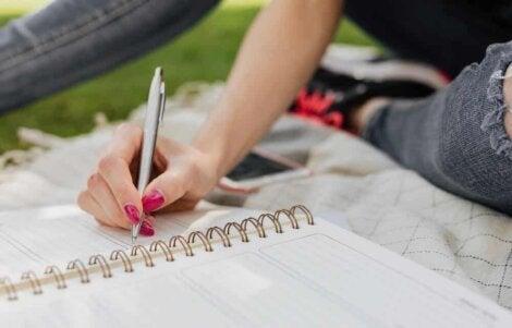 Ecrire un journal.