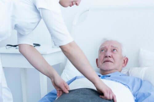 Degrés d'escarres chez les patients et traitement