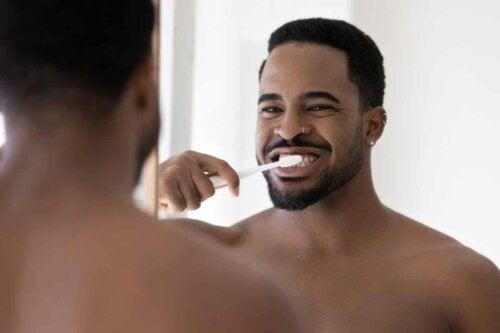 Le brossage des dents.