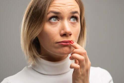 Que signifient les changements de couleur des lèvres ?