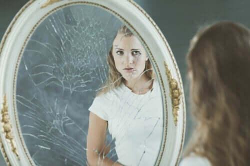 Image corporelle négative et ses effets sur l'estime de soi