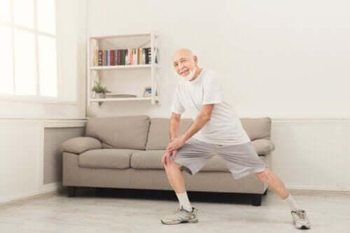 Exercices à la maison pour les plus de 70 ans