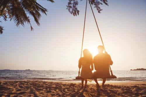Longues fiançailles : avantages et inconvénients
