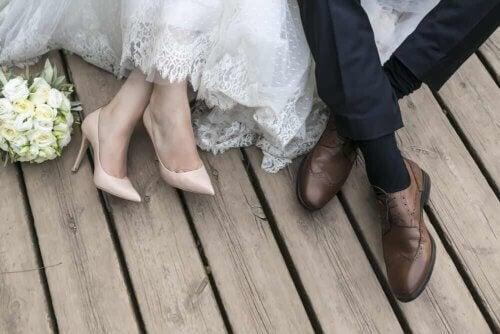 Un nouveau couple marié.