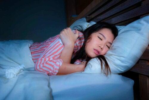 Une mauvaise position en dormant.