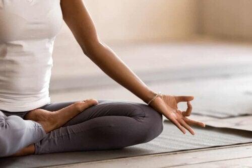 Une posture de méditation.