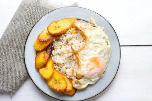 Recette du riz à la cubaine : facile et délicieux