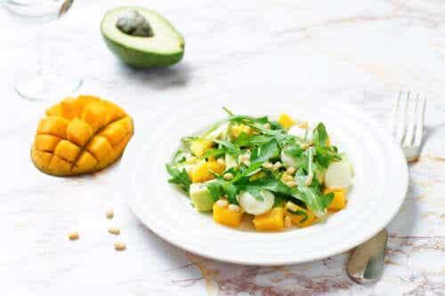 3 recettes de salade de mangue et d'avocat