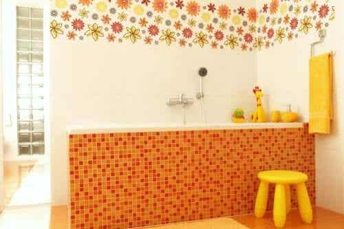7 idées pour décorer la salle de bains pour les enfants