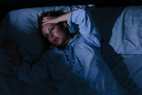 Les soucis vous empêchent de dormir ? 6 conseils pour y faire face