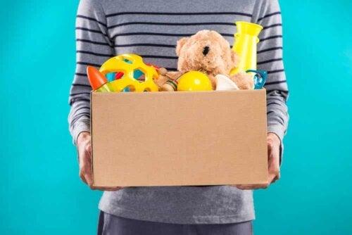 Une caisse de jouets.