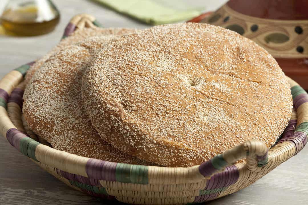 Du pain de semoule.