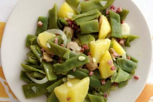 Une recette de haricots verts au jambon