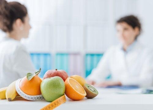 Quelle est la différence entre un diététicien et un nutritionniste ?