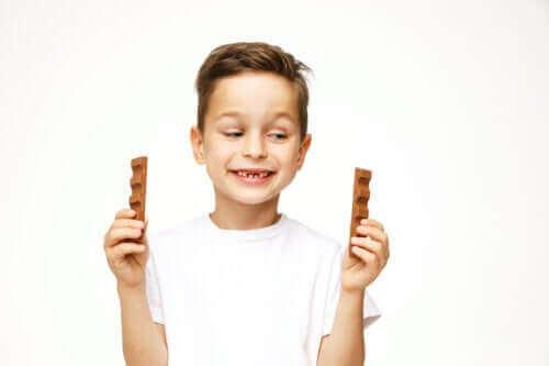 Est-il sans danger pour les enfants de manger du chocolat ?