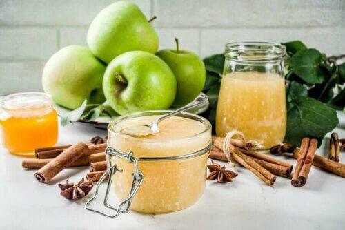 Gélatine light aux pommes vertes aux graines de chia