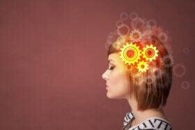 Qu'est-ce que la restructuration cognitive et quand est-elle recommandée ?