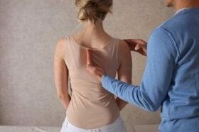 Egoscue : thérapie positionnelle pour soulager les maux de dos