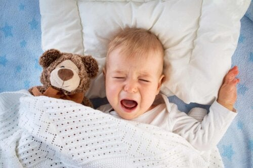 Un bébé malade.