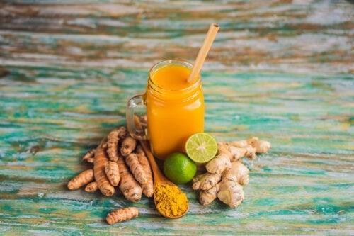 Traiter les douleurs articulaires avec des remèdes au curcuma et au gingembre