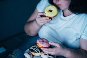 Les meilleurs conseils pour lutter contre l'envie de manger liée à l'anxiété