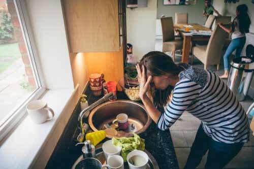 7 conseils pour garder votre cuisine bien rangée pendant que vous cuisinez