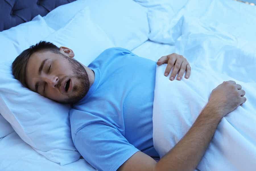 Homme qui dort.