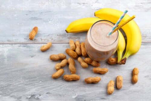 Smoothie au beurre d'arachide et à la banane