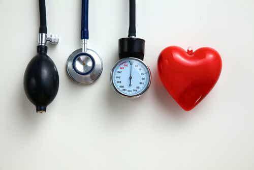 Tensiomètre pour le coeur.